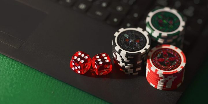 Online Gambling Is Lifeless Unsuitable And Why